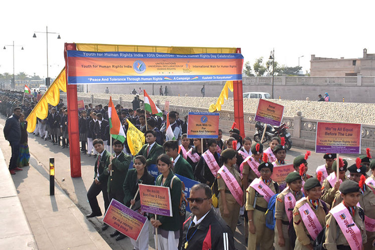 15,000 joined the Youth for Human Rights march in Lucknow, India.