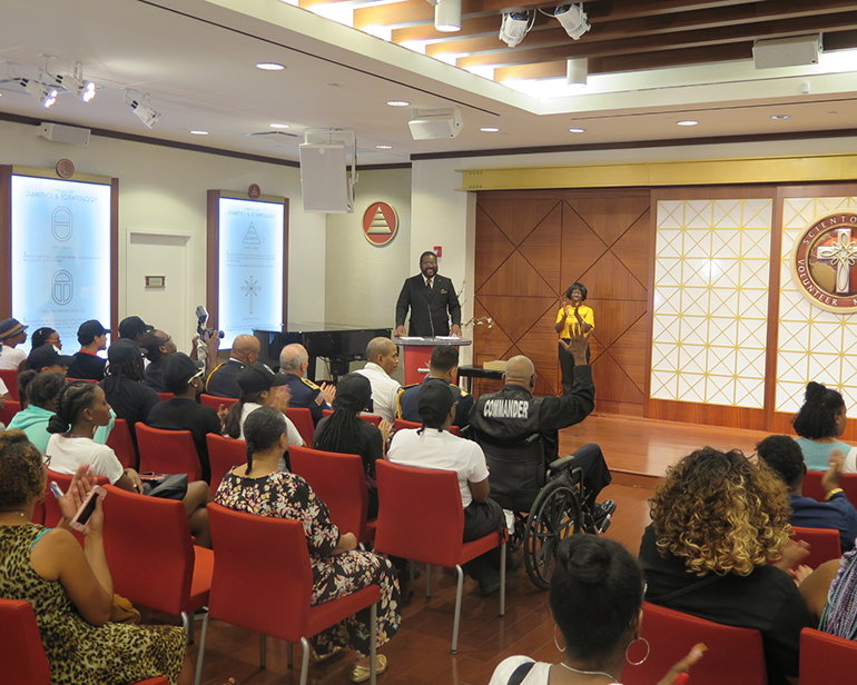 The Church of Scientology Community Center of Harlem held an awards ceremony, paying tribute to the dedication of aid workers who risk their lives in the line of duty.