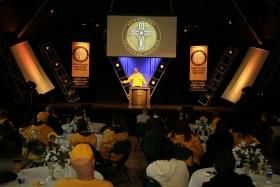Le ministre volontaire de Scientology, Ayal Lindeman