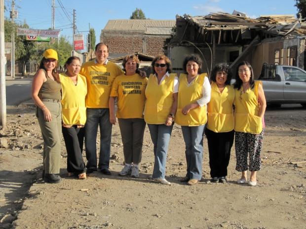 Il team dei Ministri Volontari a Rancagua (marzo 2010).