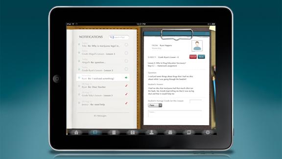 <ul>         <li>Επίσης περιλαμβάνεται ένα σύστημα βαθμολόγησης των μαθητών, το οποίο παρέχει τη δυνατότητα να βαθμολογείτε κάθε βήμα τους και να γράφετε σημειώσεις για τον καθένα.</li>         <li>Ένα σύστημα κοινοποίησης και ανταλλαγής μηνυμάτων επιτρέπει στους εκπαιδευτικούς να στέλνουν και να λαμβάνουν μηνύματα από τον κάθε μαθητή προσωπικά.</li>     </ul>