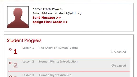 Il y a également un registre d'élèves/étudiants pour suivre et évaluer leurs progrès et pour leur attribuer des notes.
