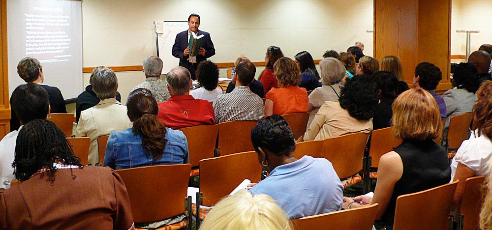 Modern Classroom Certified Trainer : Program for literacy coaches teacher assistants