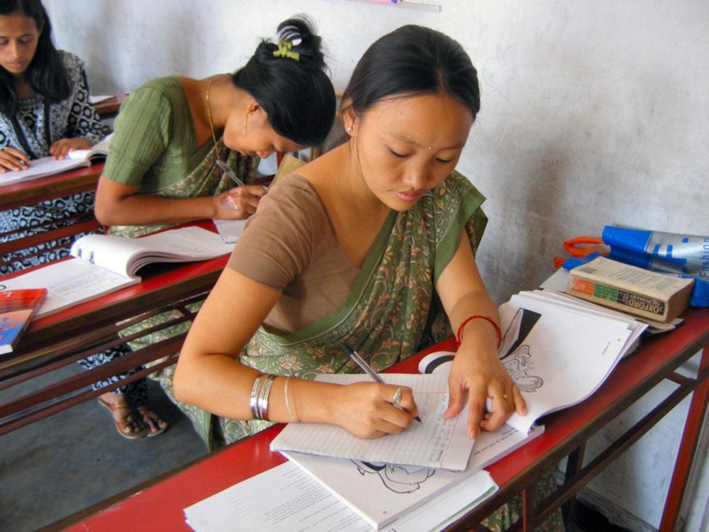 English essay help online uk heroine
