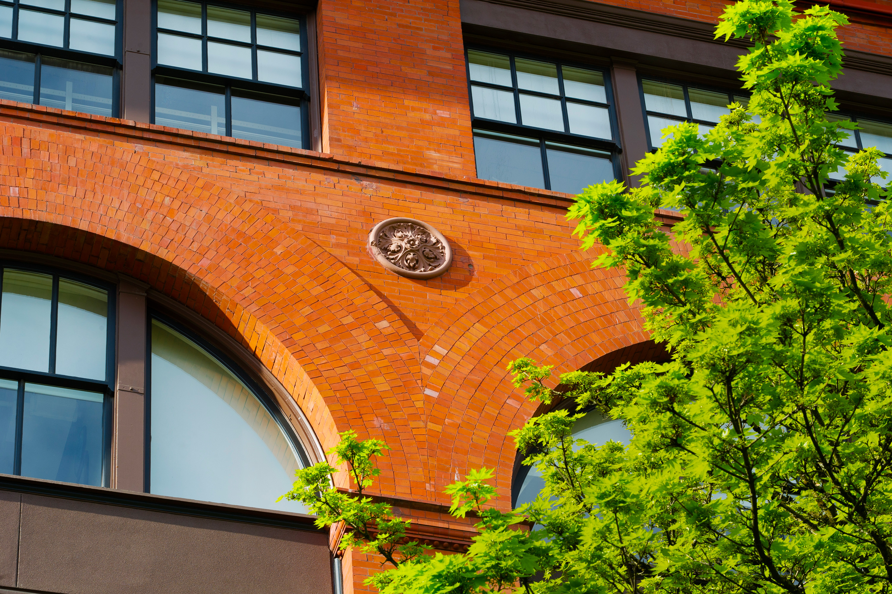 Awesome Church Of Scientology Portland Oregon #1: 34-Scientology-Portland-Building-Brick-Arches-Resette-Medallion.jpg