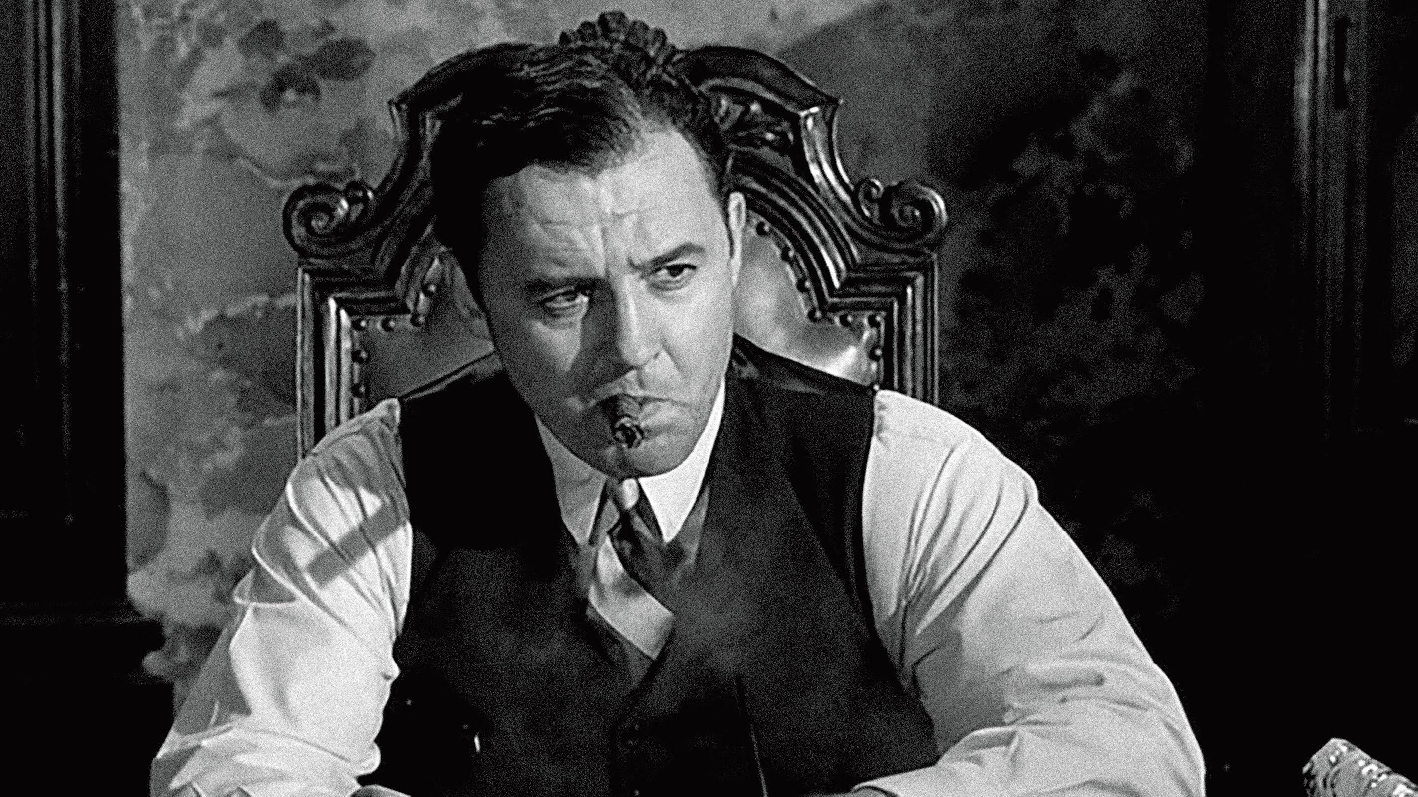 Rod Steiger playing Al Capone