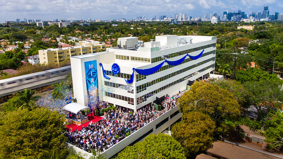 Inauguração da Igreja de Scientology de Miami