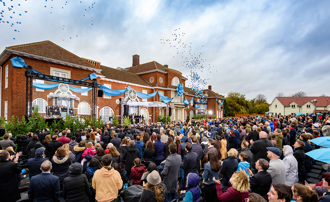 Einweihung der Scientology Kirche in Birmingham