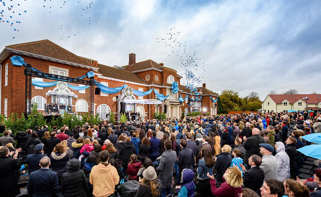 Birminghami Scientology Egyház megnyitóünnepség