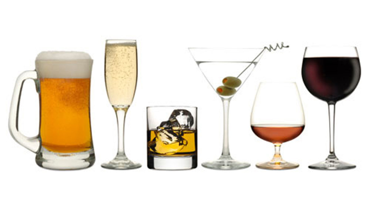 glasses of different kinds of alcohol