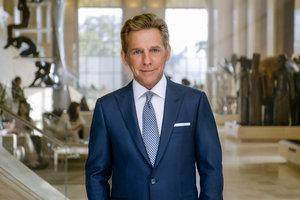 David Miscavige innleder en ny religiøs kringkastings-epoke med lanseringen av Scientology Network