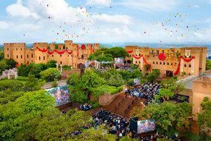 変化の風:  アフリカのためのScientologyの本拠地が壮麗なカヤラミ城で活気付きます。