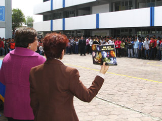 Youth for Human Rights International educates thousands of Mexican school children on their 30 fundamental rights given in the United Nations Universal Declaration of Human Rights