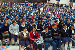 教育計畫案接觸到許多國家的青少年,教導他們認識自己的人權。