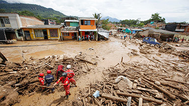 VMs של סיינטולוגיה מגיבים אחרי מפולות בוץ הרסניות בקולומביה