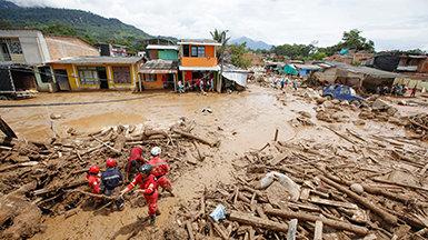 PW's van Scientology komen in actie nadat er in Colombia verwoestende aardverschuivingen plaatsvonden