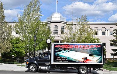 ГКПЧ предоставила важную информацию о психическом здоровье законодателям штата Невада и их помощникам, открыв свою передвижную выставку о психиатрии у здания капитолия.