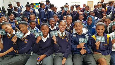 賦予青少年力量,讓他們過著無毒無藥的生活