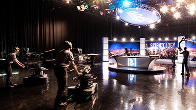 山達基媒體製片廠攝影棚