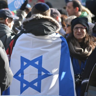 Long Island: Thousands Rally Against Anti-Semitism