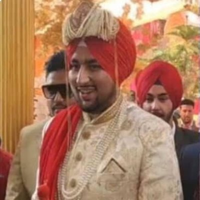 Muslim Bridegroom Dons Turban to Express Gratitude for Sikh Heroism