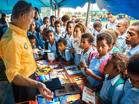 Die Fidschi-Inseln heißen die Ehrenamtlichen Geistlichen gerade rechtzeitig willkommen