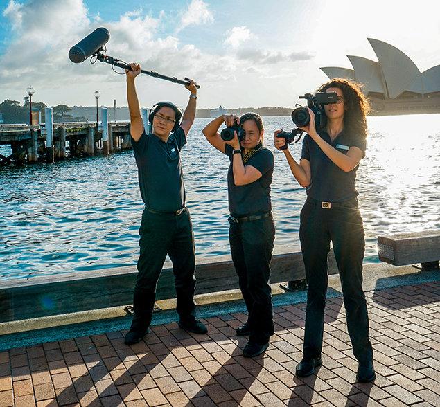 20 equipos de filmación con base en 6 continentes