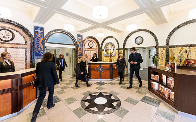 Église de Scientology de Birmingham Réception