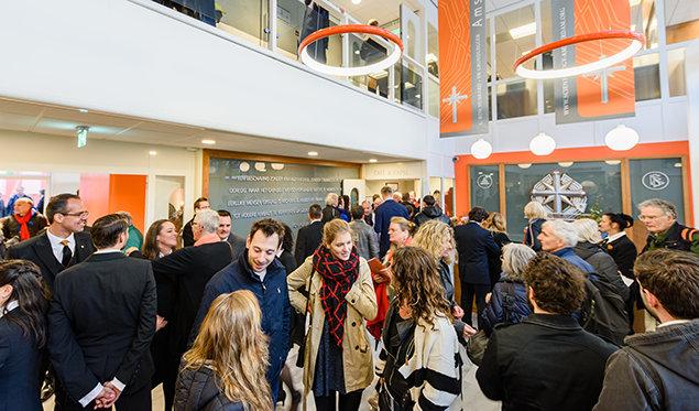 阿姆斯特丹國際山達基教會。新家。
