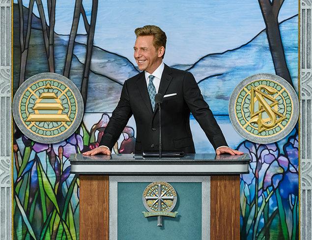 Scientology Kerk Birmingham. De geest van de dag