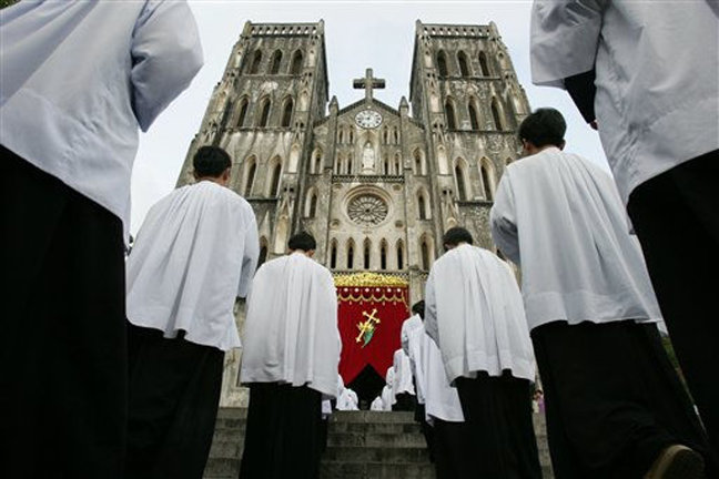 Catholic bishops are concerned over Viet Nam's new religion law