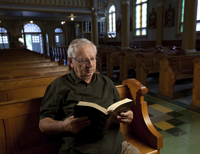 Older Americans becoming more religious
