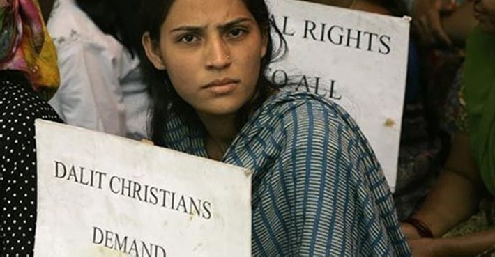 India Christians protest discrimination against Christian Dalits on August 10, the date in 1947 that the affirmative action law excluding Christians was signed into law.