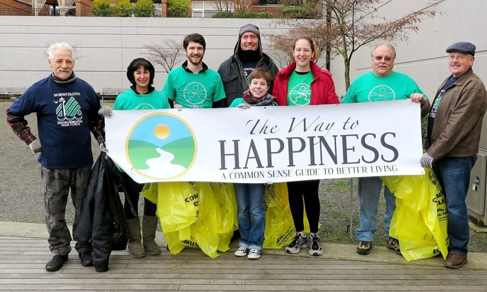 Volunteers from the Church of Scientology Seattle Environmental Task Force at their Neighbor Day cleanup