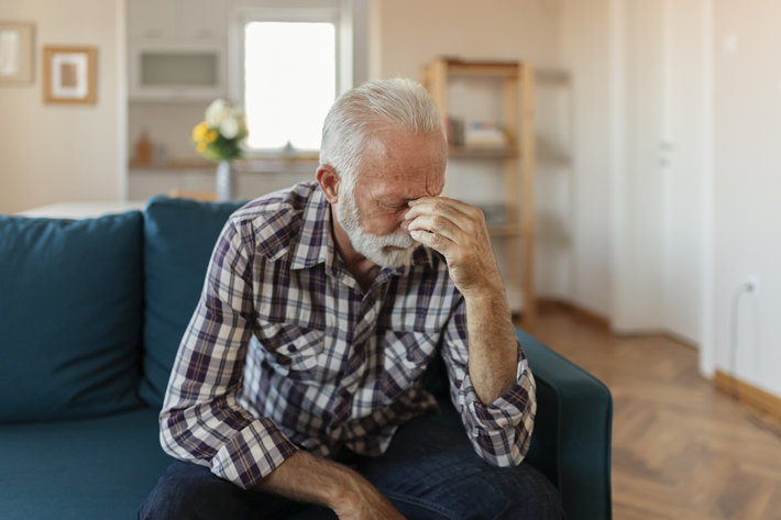Veteran in pain at home