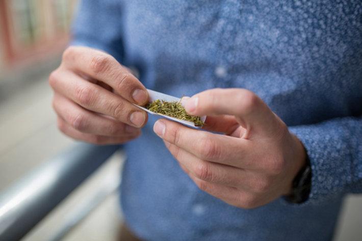 Smettere di fumare cannabis dopo 7 anni