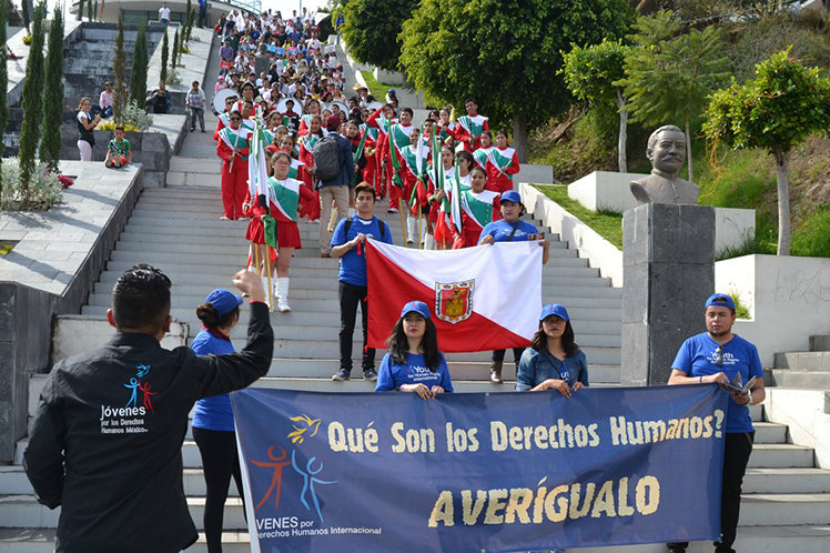 Youth for Human Rights chapters in Mexico rallied their communities in support of human rights.