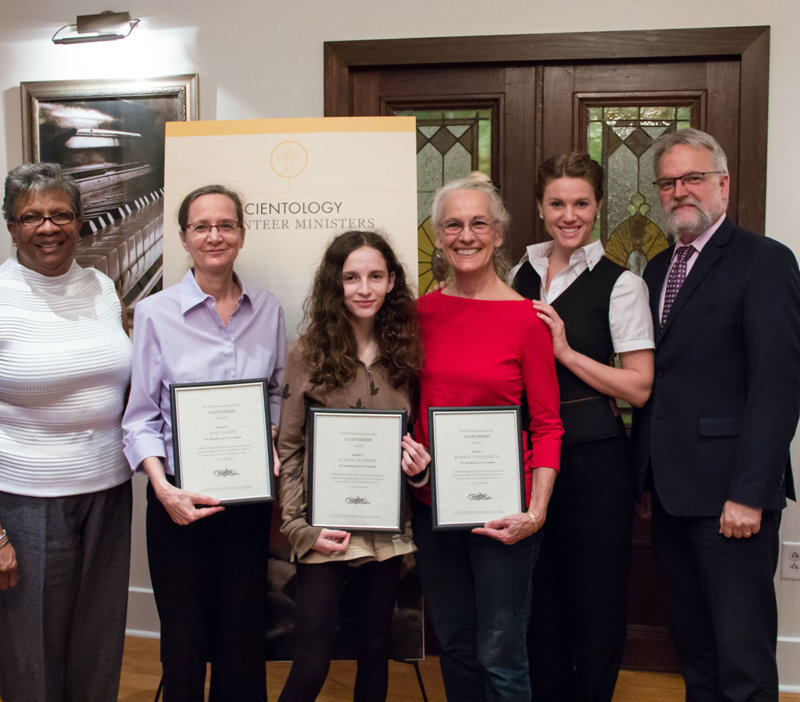 Volunteers awarded on World Humanitarian Day
