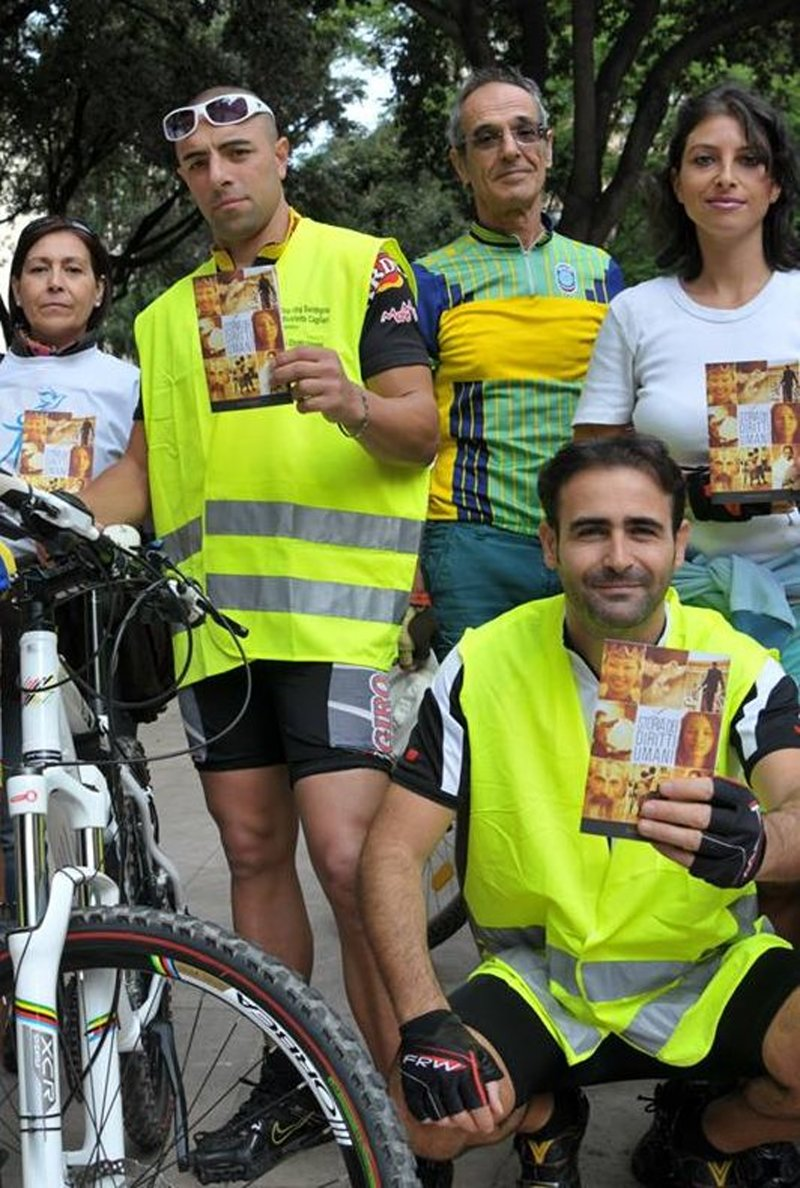 Members of the Church of Scientology of Cagliari in Sardinia pedaled their bikes for human rights November 10, 2013, in an event organized by the Cagliari Friends of Cycling to kick off a month of activities leading up to December 10, the 65th anniversary of the Universal Declaration of Human Rights.