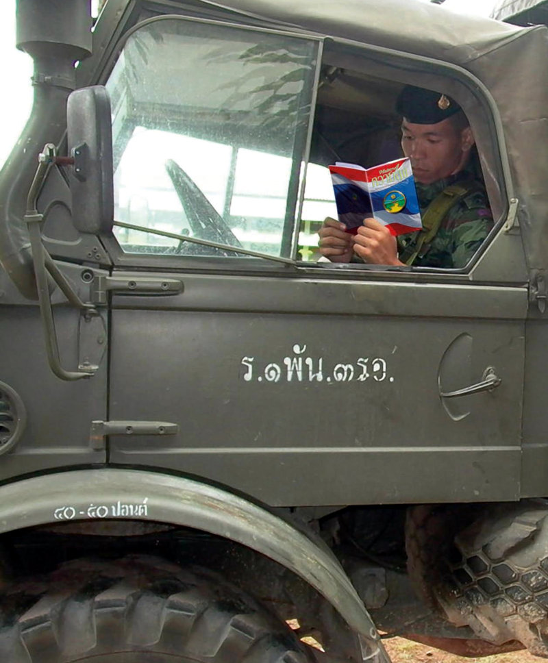 To help defuse political unrest, volunteers distributed 150,000 copies of <em>The Way to Happiness</em> including 22,000 copies to troops of the Royal Thai Army.