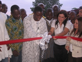 The ribbon cutting ceremony, signalling the opening of the UNTOMA Oxford International School in Acra, Ghana. Officials from the Church of Scientology of Milano travelled to Ghana to take part in this special ceremony.