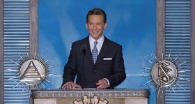 David Miscavige, Bestyrelses-formanden for Religious Technology Center og Scientologi religionens kirkelige leder, stod for indvielsen af den nye Scientologi kirke og Celebrity Center i Las Vegas.