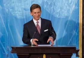 David Miscavige, kirkelig leder av Scientologi-religionen, innviet Spanias nasjonale Scientologikirke og ønsket de tusen tilstedeværende velkommen til sin nye kirke.