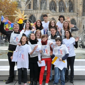 Scientology Youth in France in partnership with Youth for Human Rights International work to give new meaning to human rights education.