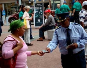 Distributing drug-education booklets in popular locations, volunteers in Johannesburg recently greeted shoppers at the entrances of three separate shopping centers with drug education displays, delivering 10,000 Truth About Drugs education booklets to them.