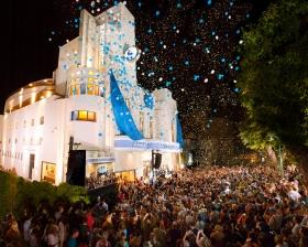 Scientologi-senteret i Israel feiret den storslåtte åpningen av sitt nye hjem: det historiske Alhambra teater i hjertet av Tel Avivs gamle havneby Jaffa. Scientologer fra Israel og mange andre steder i verden, i tillegg til leder fra byen og landet kom sammen for denne innvielsen.