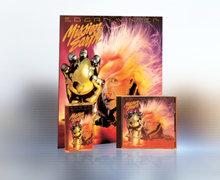 El álbum, Misión: La Tierra, un imaginativo e innovador acompañamiento de la gran sátira de diez volúmenes del Sr. Hubbard, con el mismo nombre.